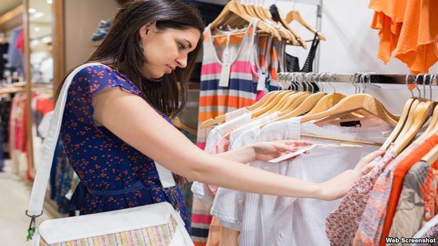 ควรใส่ชุดใหม่ที่ซื้อมาทันที หรือควรจะซักก่อน? แพทย์โรคผิวหนังมีคำตอบ